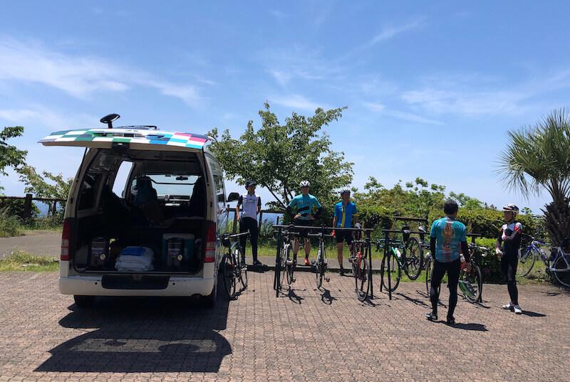 スルガ銀行サイクリングプロジェクトのサポートカー