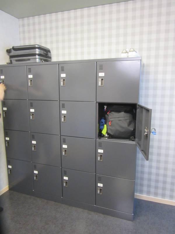 ボンシャンスサイクルベースのロッカー