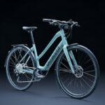 スペシャライズドのeクロスバイク「Vado SL」に乗り降りしやすいモデルが登場